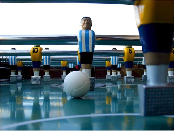 8144c3296 BONUS  Números en jugadores y 10 pelotitas flúo. Reglamento de Asociación  Argentina de fútbol de mesa.